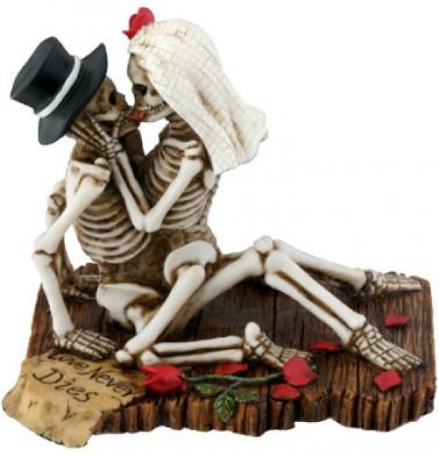 Halloween Bride And Groom Love Never Dies Gothic Wedding Cake