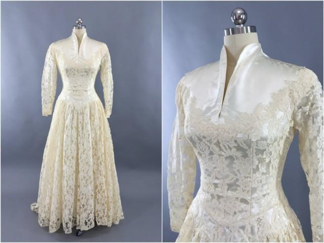 Vintage 1950s Wedding Dress Ivory Lace Wedding Gown