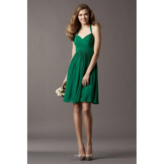 wedding photo - Emerald Green Halter Neck Draped Chiffon Short Bridesmaid Dress Wedding Party Dresses