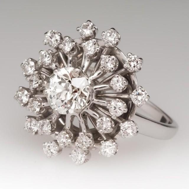 1c2e9ed21 Like Playing In Your Mom's Jewelry Box, Only Better: Shopping For  Engagement Rings In Seattle, EraGem-style - Weddbook