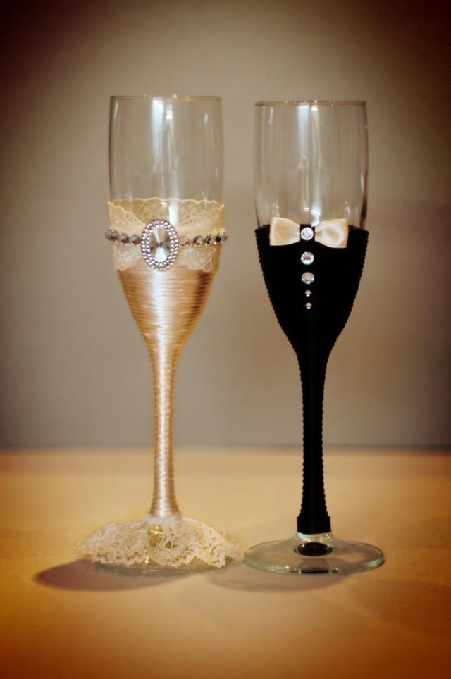 Wedding glasses champagne glasses glasses rustic wedding for Wedding champagne flutes