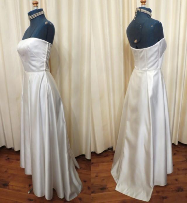 Made In Australia By Studibaker Vintage Sexy Simple Off White Strapless Wedding Dress Full Floor