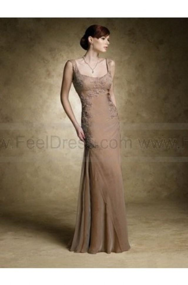 wedding photo - Sheath/Column Scoop Champagne Applique Chiffon Sleeveless Floor-length Mother of the Bride Dress