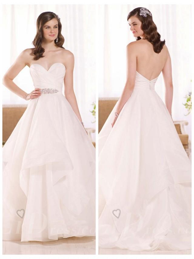 wedding photo - Strapless Ruched Sweetheart Wedding Dress with Layered Skirt