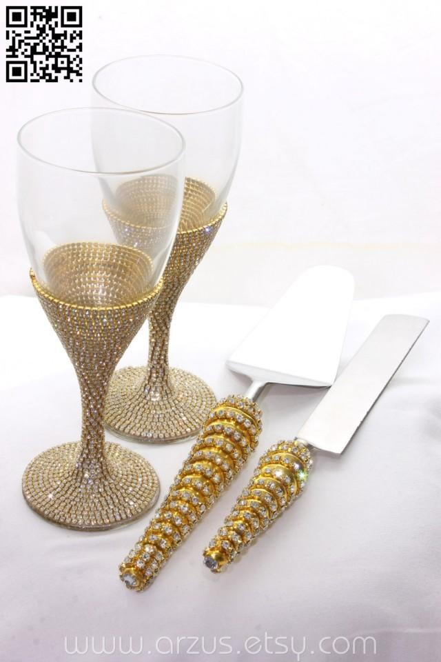 Set of wine glasses and cake server table settings for Wine glass decorations for weddings
