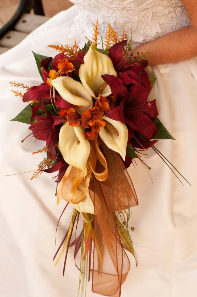 Bride fall wedding bouquet ivory orange red rose and calla for Wedding bouquets for autumn