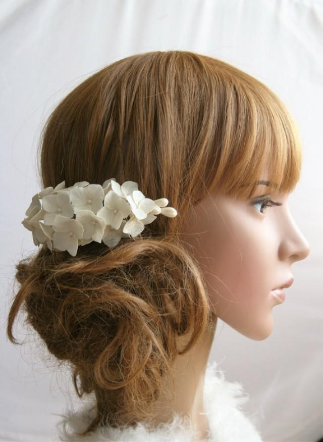 wedding photo - Bridal flower headpiece, Wedding flower comb, Bridal flower comb, Bridal hair flower, hydrangea hair, Bridal hair accessory, Flower comb