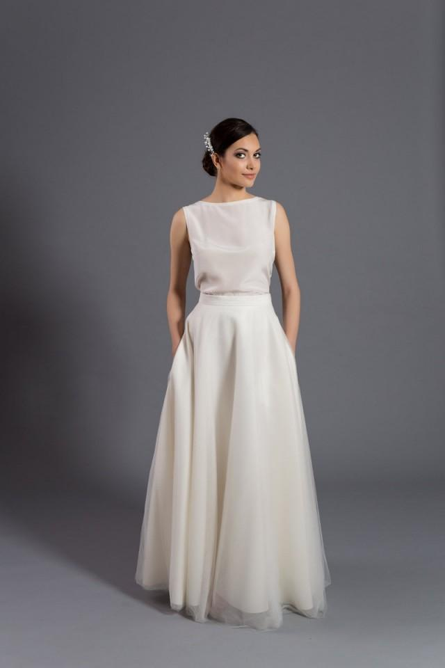 Maxi tulle skirt with pockets tulle skirt ecru skirt for Wedding dresses with tulle skirts
