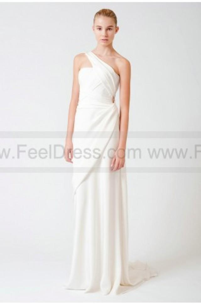 Simple affordable designer fall 2011 bridal shows evelyn for Affordable couture wedding dresses