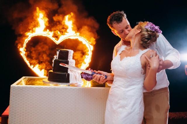 wedding photo - Amazing Wedding Cake