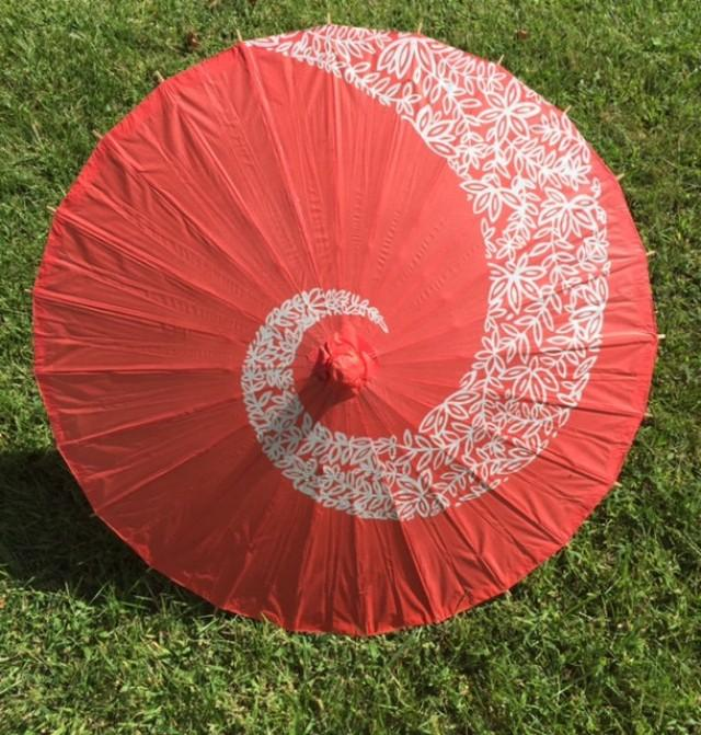 Paper parasols for wedding