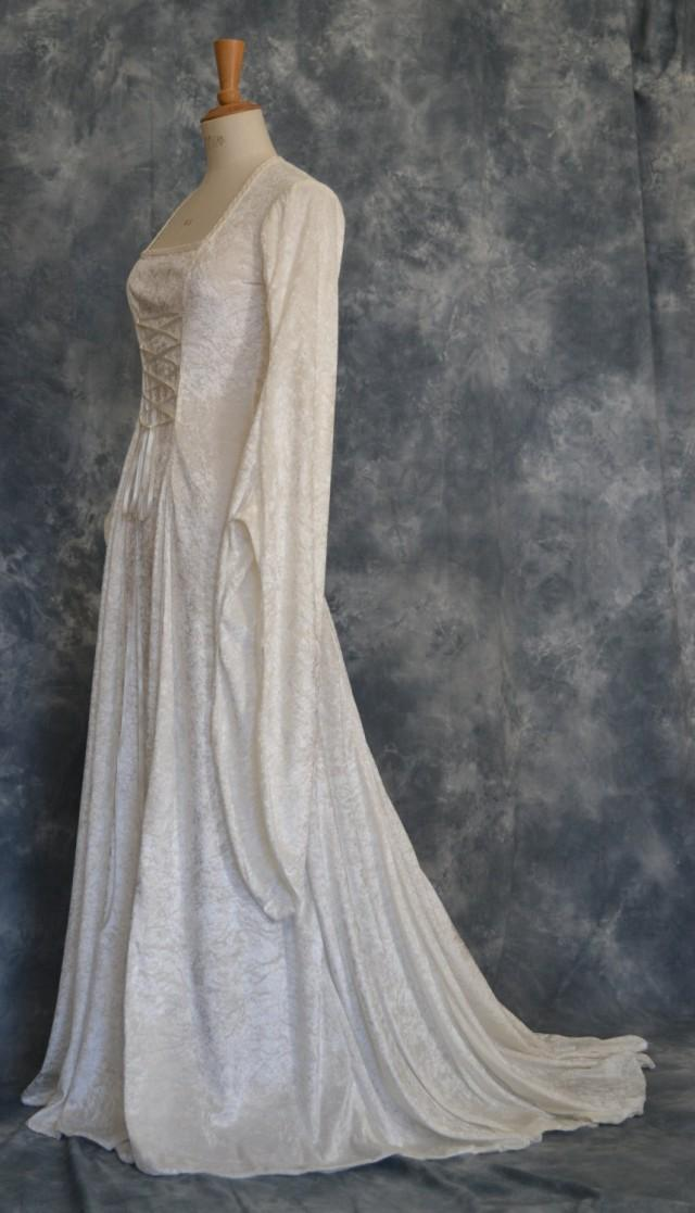 Tara a medieval elvish renaissance pagan pre for Elven inspired wedding dresses