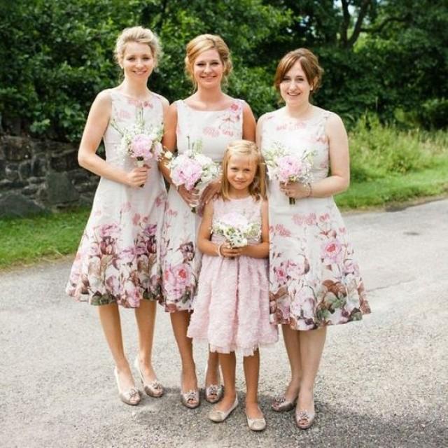 wedding photo - Elegant Square Floral Bridesmaid Dresses/Wedding Party