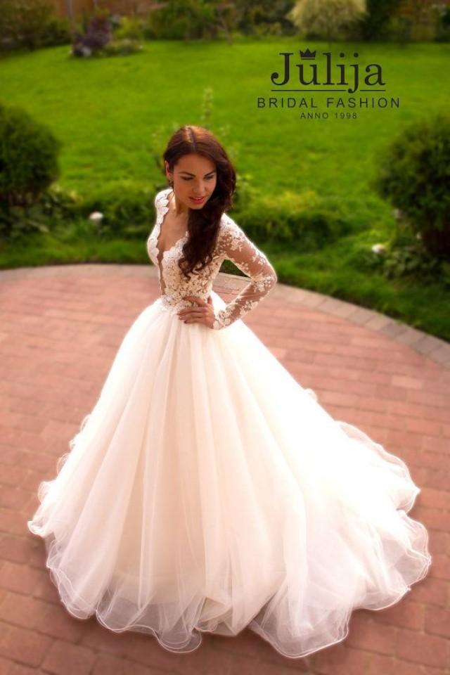 Exclusive luxury wedding dress 2016 lace princess long for Long sleeve princess wedding dresses