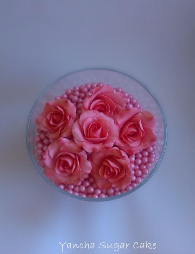 wedding photo - Gumpaste Edible Roses 12 pcs, Fondant flowers, Cupcake toppers, Wedding, Bridal shower, Cake topper, Christening, Wedding cake, Baptism