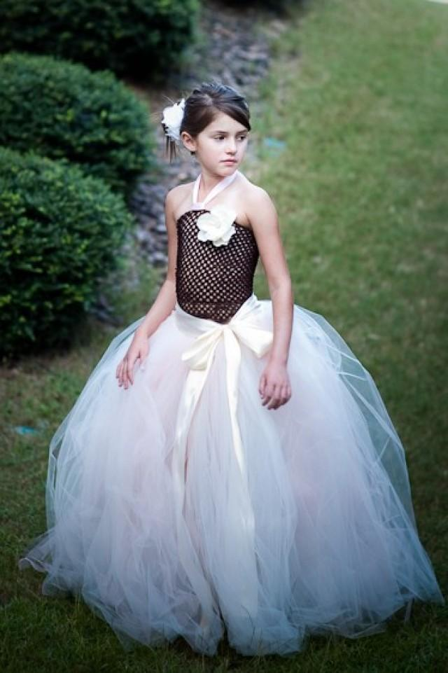 Flower Girl Tutus & Dresses Flower Girl tutus and dresses for weddings are so popular! What's great about them is the baby or little girl can wear the wedding tutu skirt for years to come for dress up, birthday, portraits, etc.