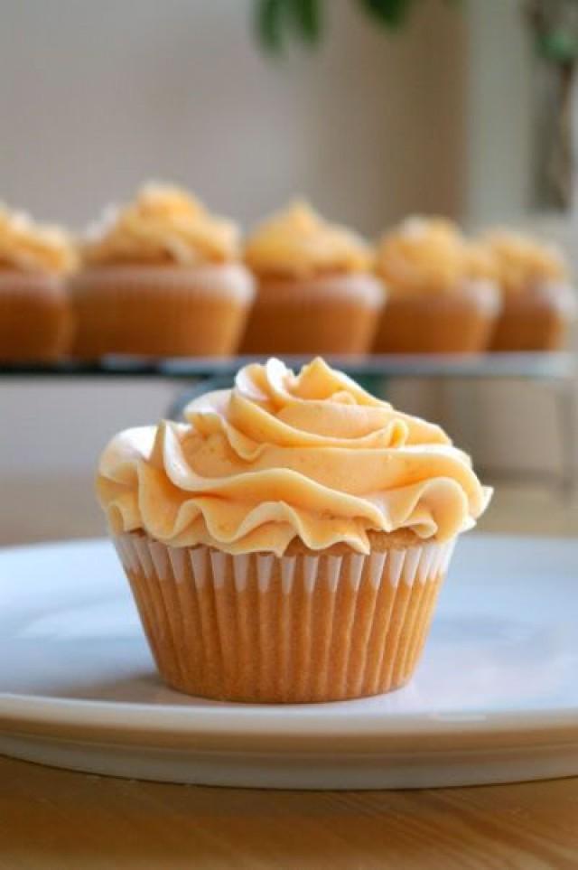 Kuchen - Peach Cupcakes With Peach Buttercream #2539605 ...