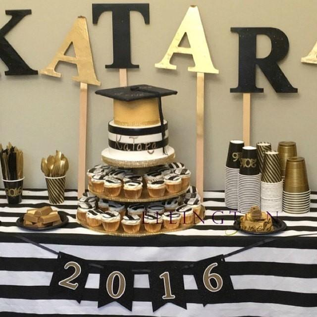 Black And White Stripe Wedding And Table Cloth Dinner