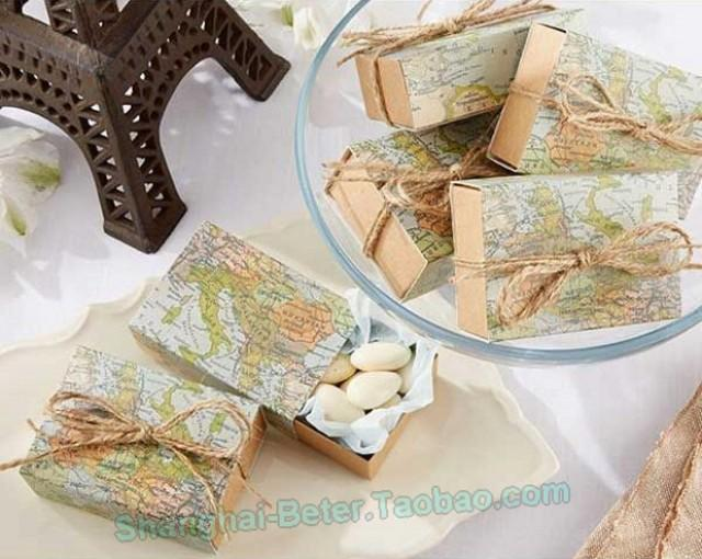wedding photo - Beter Gifts® Around the World Map Favor Box  BETER-TH031