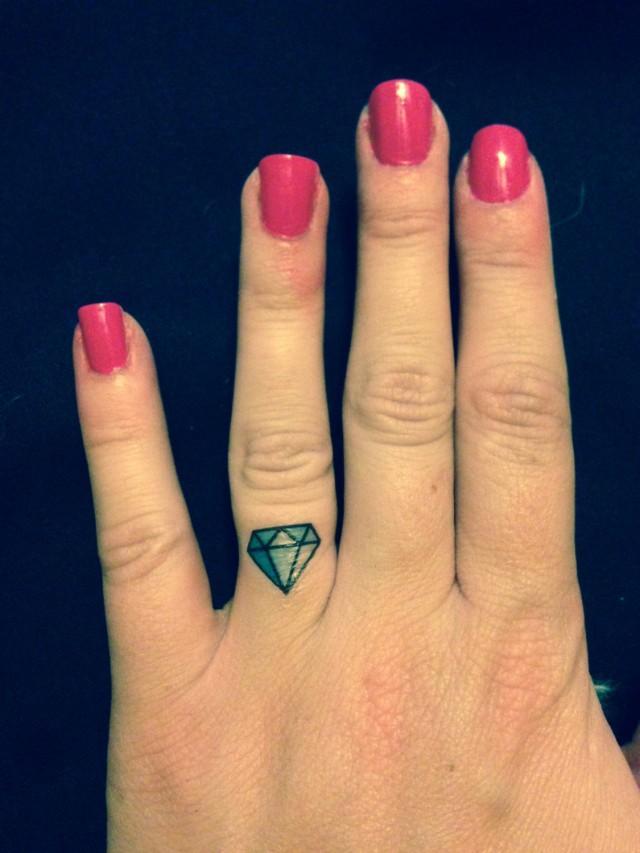 Bachelorette temporary tattoo diamond ring finger tattoo for Temporary finger tattoos