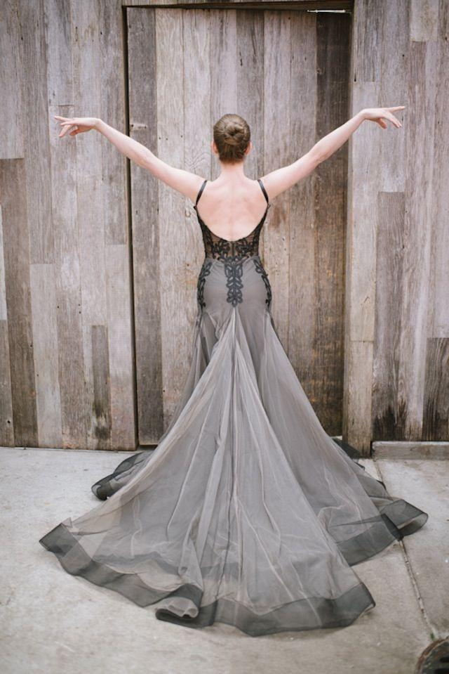 wedding photo - Black Swan