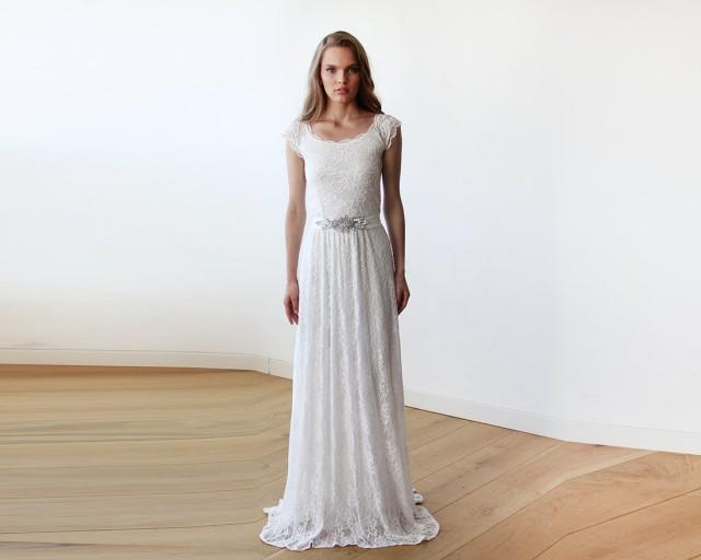 wedding photo - Maxi ivory lace bridal gown, Lace off-shoulders maxi wedding dress