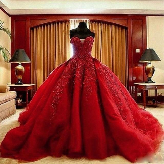 wedding photo - Red Wedding Dress