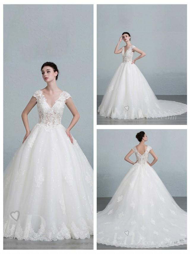 wedding photo - Cap Sleeves V-neck Lace Appliques Ball Gown Wedding Dress