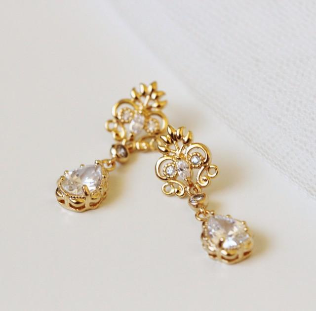 Wedding Jewelry Gift For Bride : Gold Bridal Earrings Vintage Style Wedding Jewelry Delicate Earrings ...