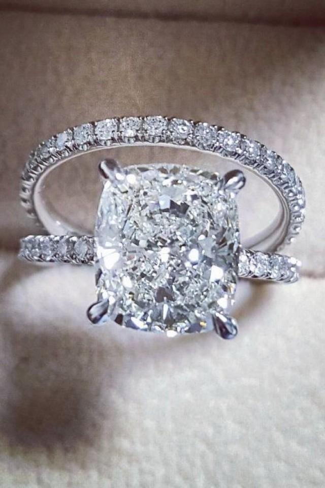 wedding photo - 15 Stunning Engagement Rings By @DiamondMansion
