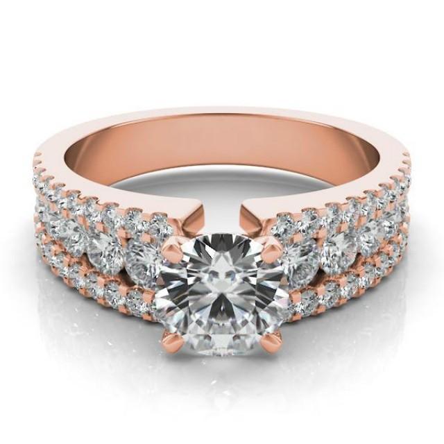 wedding photo - Graduated Diamond & Forever One Moissanite 14k Rose Gold Ring