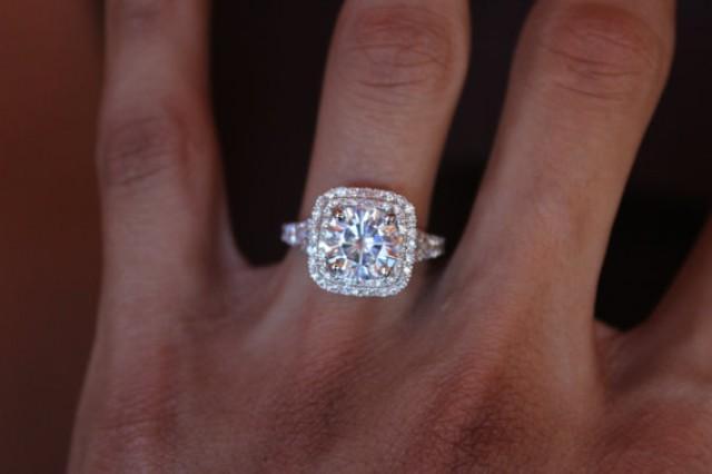 200 Carat Size on Hand  Engagement Ring Guru