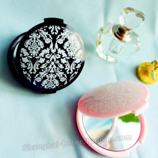 wedding photo - Beter Gifts®  Black Mirror Compact BFF Favors WJ067/A Girls Essentials