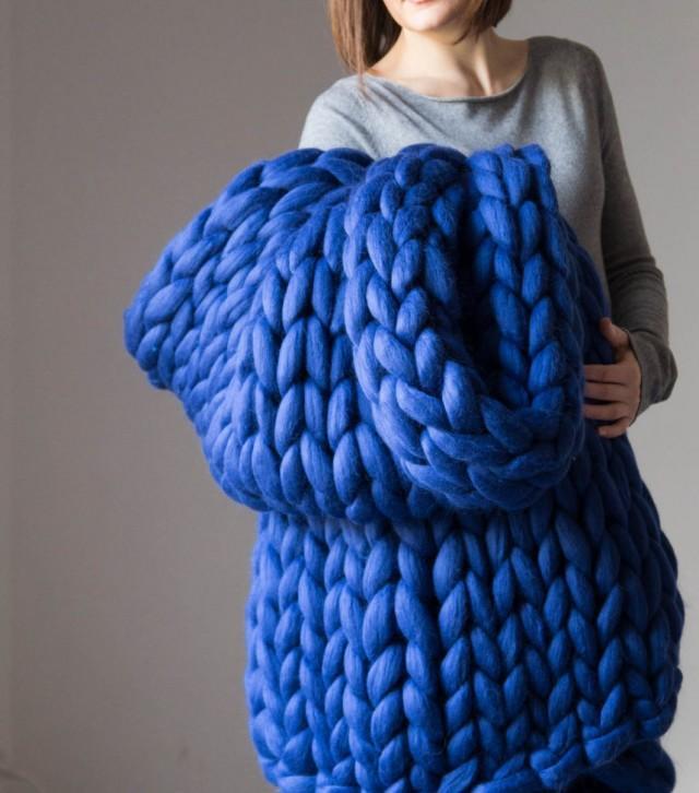 Extreme Knitting Blanket Pattern : Chunky Knit Blanket. Knitted Blanket. Merino Wool Blanket. . Extreme Knitting...