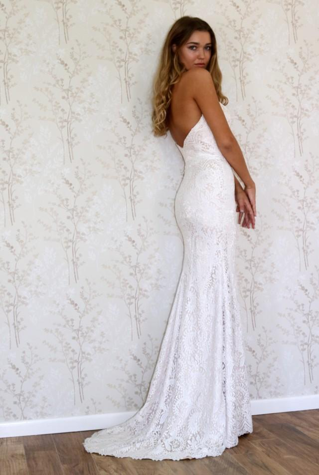 Lace wedding dress simple bohemian style wedding gown for Wedding dress neckline styles