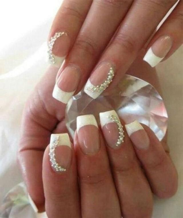 wedding photo - White Ended Pretty Wedding Nail Designs