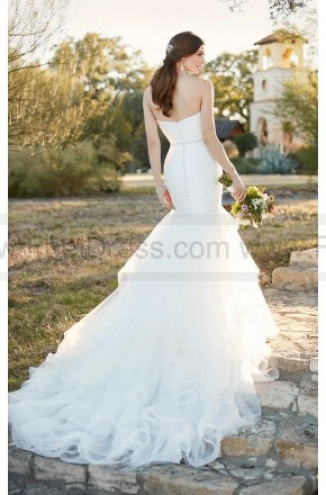 wedding photo - Essense Of Australia Fit And Flare Wedding Dress With Sweetheart Neckline Style D2027