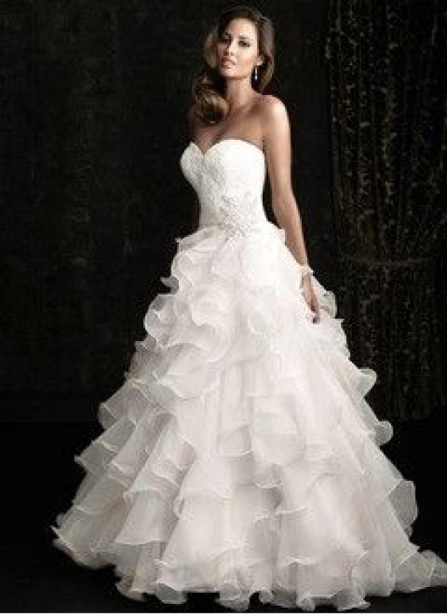 ball gown strapless sweetheart chapel train organza