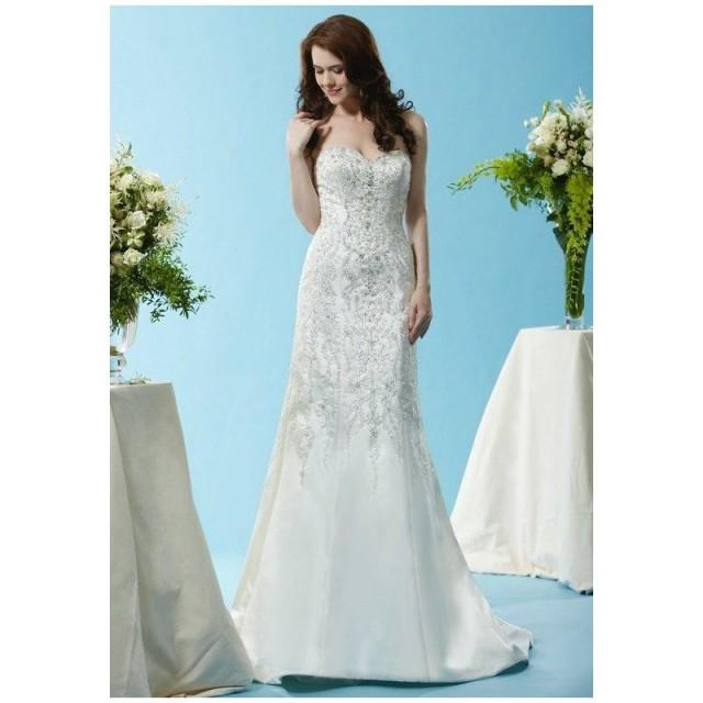 Eden bridals bl123 wedding dress the knot formal for Wedding dresses the knot