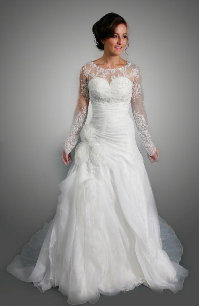 Sweetheart organza white wedding dress with long sleeves for Wedding dress detachable sleeves