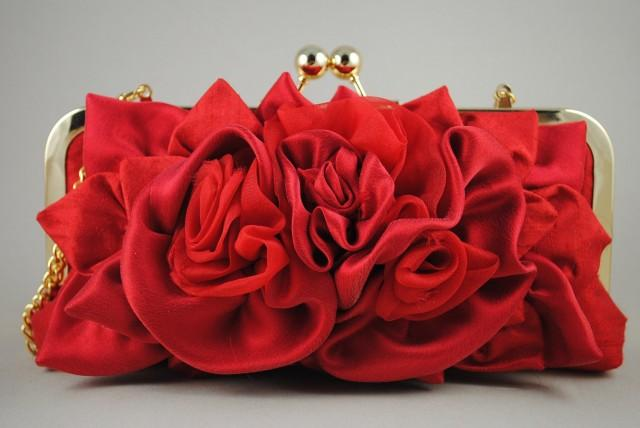 wedding photo - Red Bridal Clutch ABIGALE /Goldenlock frame and  removable chain