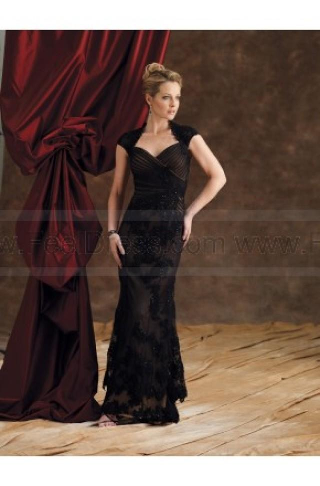 wedding photo - Sheath/Column Floor-length Sweetheart Lace Black Mother of the Bride Dress