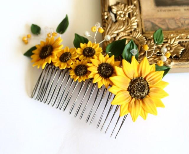 wedding photo - Sunflower Hair Comb, Sunflower Wedding, Large Sunflower Hair Comb, Bridesmaids Gift, Yellow Wedding, Woodland Wedding, Yellow Sunflower