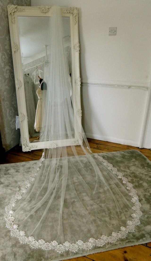 Lace edged chapel length veil lace and tulle long wedding for Long veils for wedding dresses