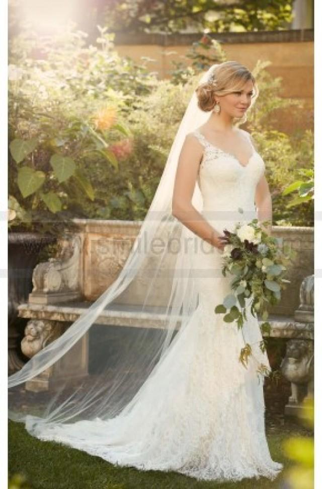 wedding photo - Essense of Australia Romantic Lace Wedding Gown Style D2065