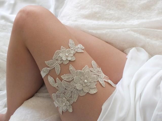 wedding photo - free ship champagne lace garter set, bridal garter, floral garter, garter, gold lace garter, toss garter, wedding garter