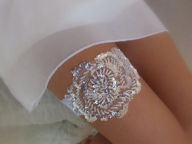 wedding photo - FREE SHIP ivory lace garter , bridal garter, floral garter, garter, sequined garter, toss garter, wedding garter