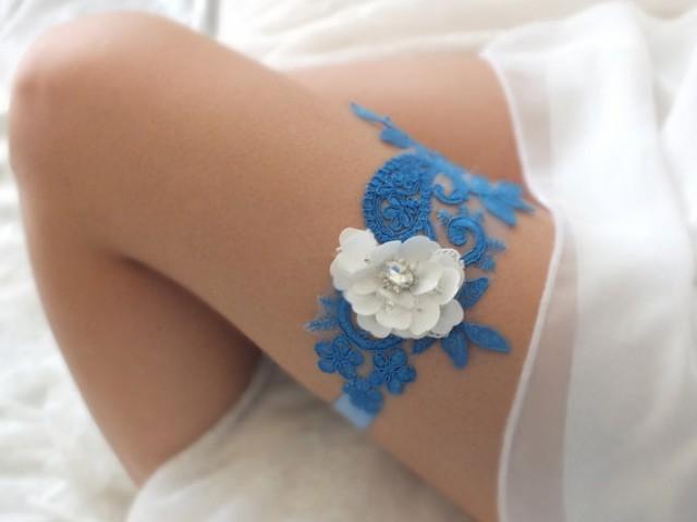 wedding photo - free ship blue white lace garter bridal garter, floral garter, garter, white lace garter, toss garter, wedding garter