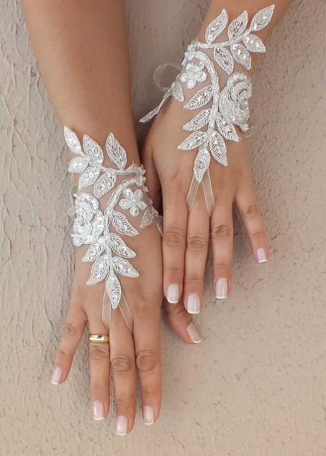 wedding photo - Free ship, Ivory Wedding gloves, bridal gloves, fingerless lace gloves,