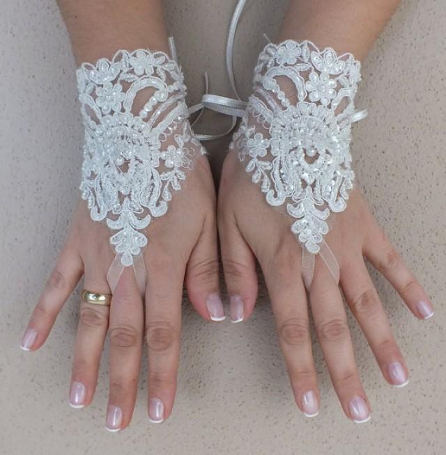 wedding photo - Free ship, Ivory lace Wedding gloves, bridal gloves, fingerless lace gloves, fingerless gloves